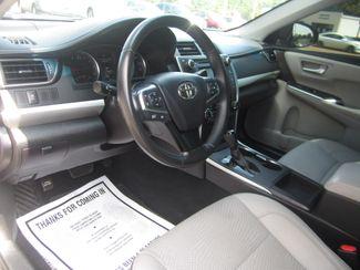 2016 Toyota Camry SE Batesville, Mississippi 16