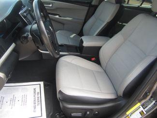2016 Toyota Camry SE Batesville, Mississippi 17