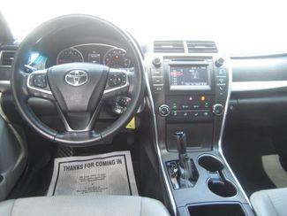 2016 Toyota Camry SE Batesville, Mississippi 18