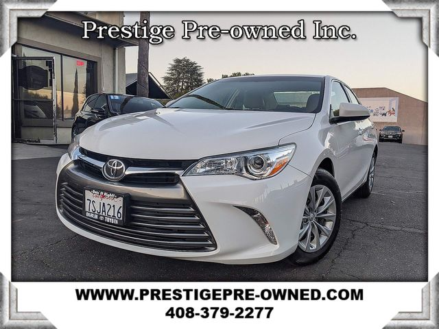 2016 Toyota CAMRY LE ((**BACK-UP CAMERA**))