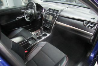 2016 Toyota Camry SE W/ BACK UP CAM Chicago, Illinois 15