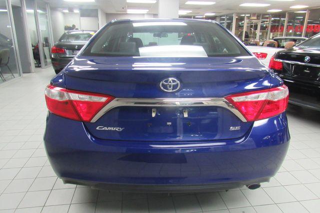 2016 Toyota Camry SE W/ BACK UP CAM Chicago, Illinois 6