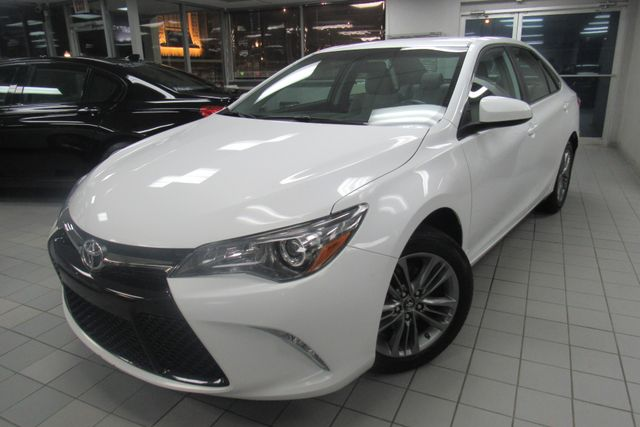 2016 Toyota Camry SE W/ BACK UP CAM Chicago, Illinois 2