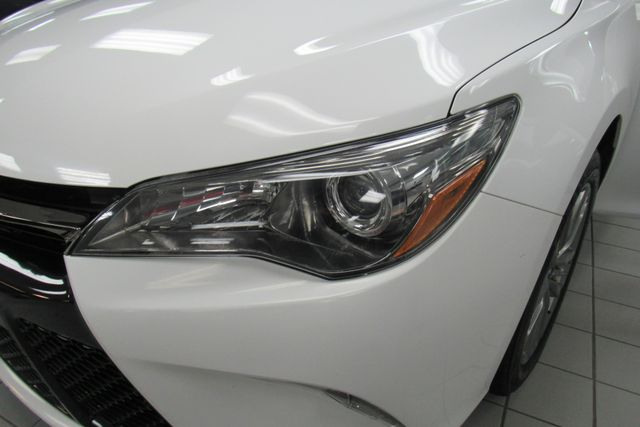 2016 Toyota Camry SE W/ BACK UP CAM Chicago, Illinois 16
