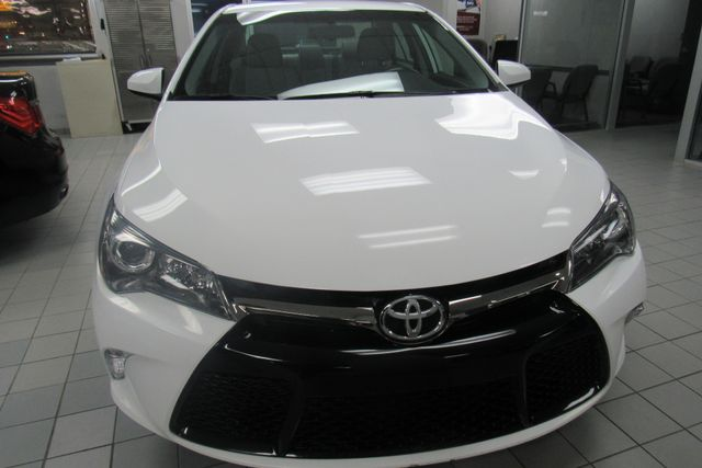 2016 Toyota Camry SE W/ BACK UP CAM Chicago, Illinois 1
