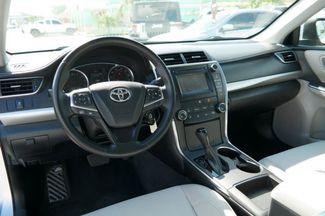 2016 Toyota Camry XLE Hialeah, Florida 11
