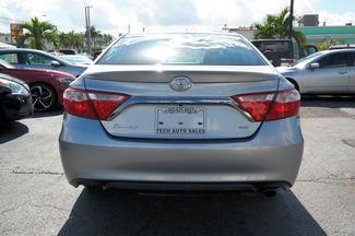 2016 Toyota Camry XLE Hialeah, Florida 4