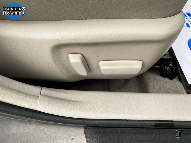 2016 Toyota Camry Hybrid XLE Madison, NC 16