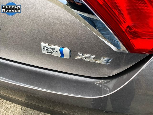 2016 Toyota Camry Hybrid XLE Madison, NC 19