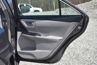 2016 Toyota Camry Hybrid LE Naugatuck, Connecticut 2