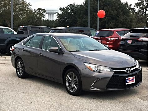 2016 Toyota Camry SE Charcoal | Irving, Texas | Auto USA in Irving, Texas