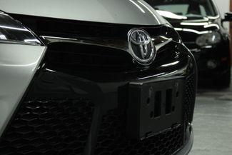 2016 Toyota Camry SE Kensington, Maryland 10