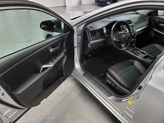 2016 Toyota Camry SE Kensington, Maryland 16
