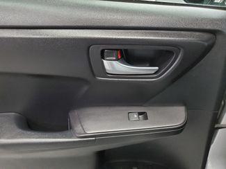 2016 Toyota Camry SE Kensington, Maryland 25