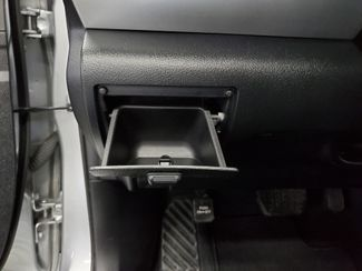 2016 Toyota Camry SE Kensington, Maryland 42