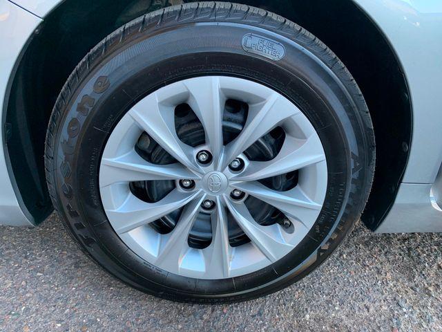 2016 Toyota Camry LE 5 YEAR/60,000 MILE FACTORY POWERTRAIN WARRANTY Mesa, Arizona 20