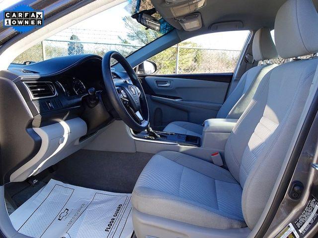 2016 Toyota Camry Hybrid LE Madison, NC 28