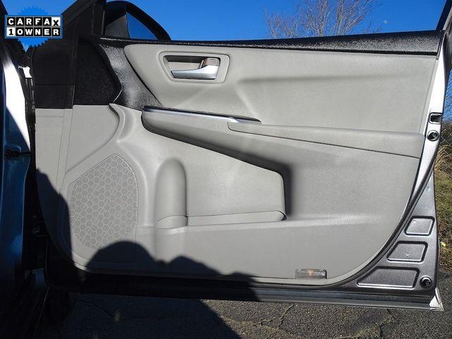 2016 Toyota Camry Hybrid LE Madison, NC 40