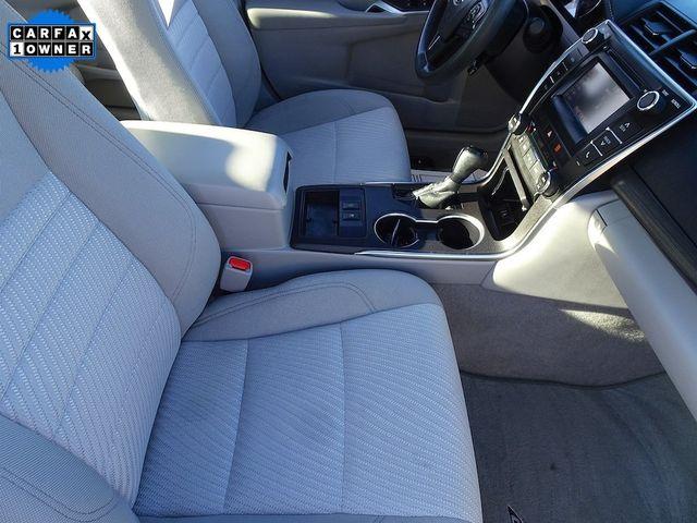 2016 Toyota Camry Hybrid LE Madison, NC 43