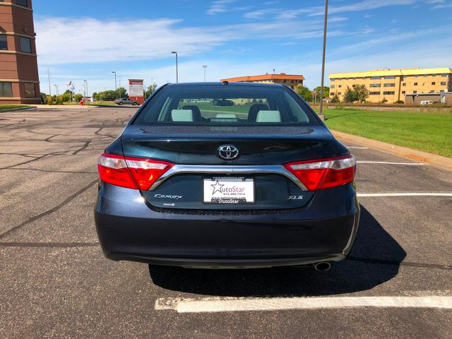 2016 Toyota Camry XLE Maple Grove, Minnesota 6