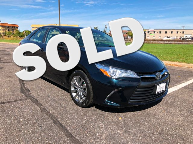2016 Toyota Camry XLE Maple Grove, Minnesota