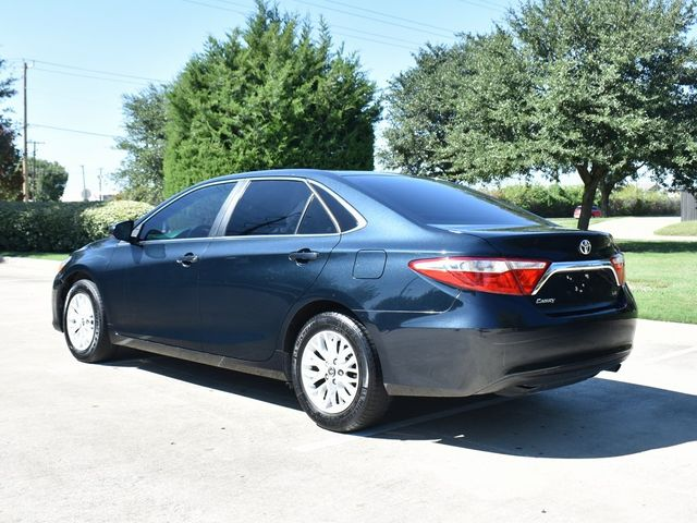 2016 Toyota Camry LE in McKinney, Texas 75070