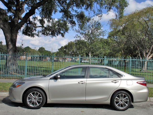 2016 Toyota Camry XLE Miami, Florida 1