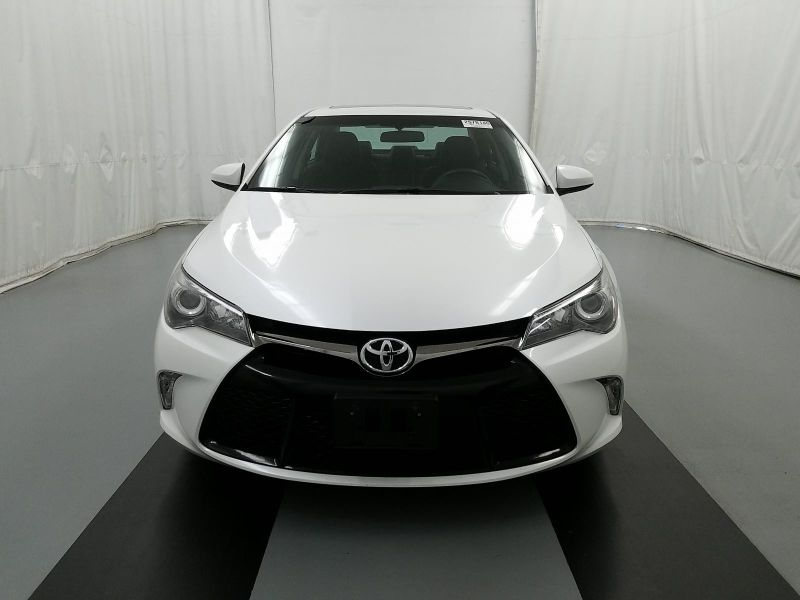 2016 Toyota Camry XSE  LOADED W OPTIONS   in Minnetonka, Minnesota