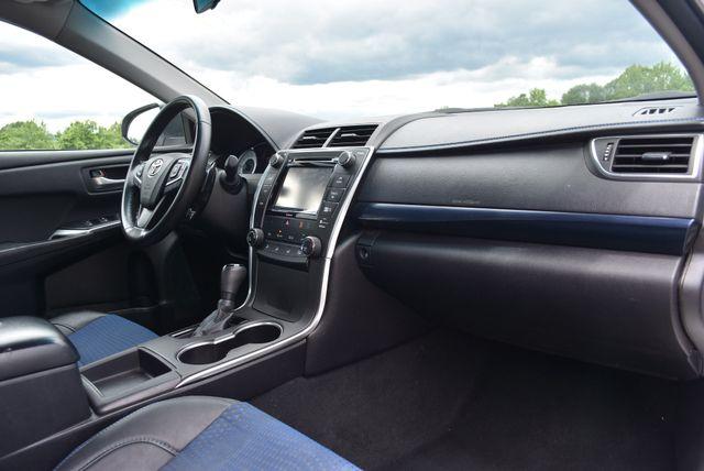 2016 Toyota Camry SE Naugatuck, Connecticut 8