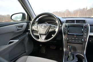 2016 Toyota Camry SE Naugatuck, Connecticut 13