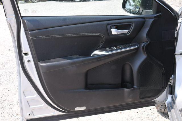 2016 Toyota Camry XLE Naugatuck, Connecticut 13