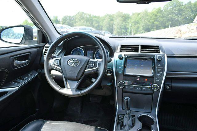 2016 Toyota Camry XLE Naugatuck, Connecticut 9