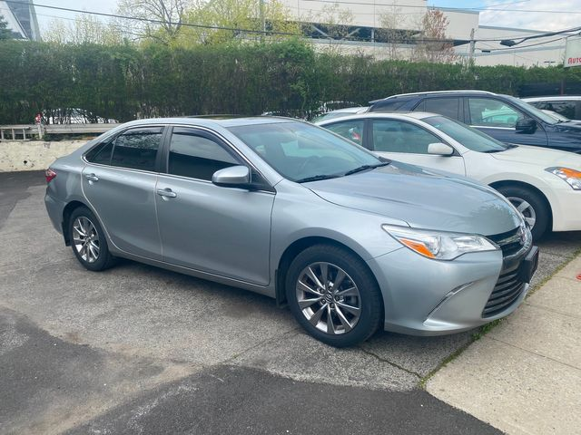 2016 Toyota Camry XLE in New Rochelle, NY 10801