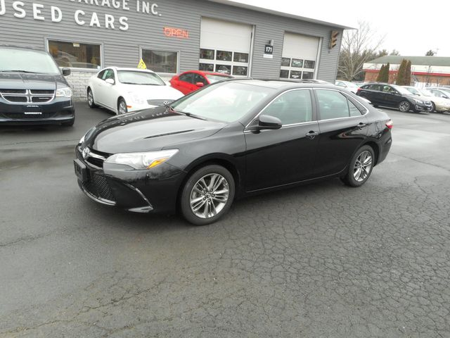 2016 Toyota Camry SE w/Special Edition Pkg New Windsor, New York 1