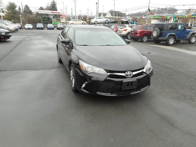 2016 Toyota Camry SE w/Special Edition Pkg New Windsor, New York 9