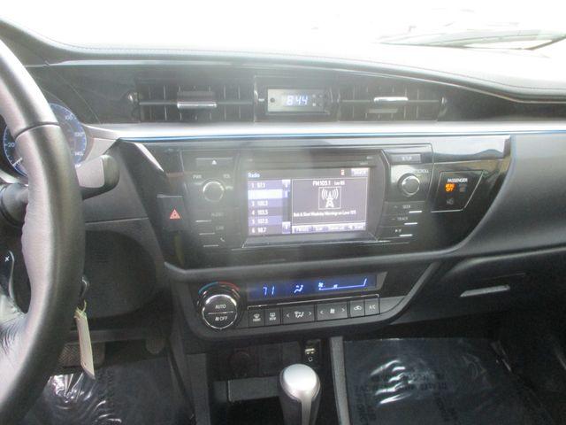 2016 Toyota Corolla LE Farmington, MN 4