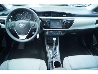 2016 Toyota Corolla LE  city Texas  Vista Cars and Trucks  in Houston, Texas