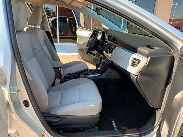 2016 Toyota Corolla LE  5 YEAR/60,000 MILE FACTORY POWERTRAIN WARRANTY Mesa, Arizona 13