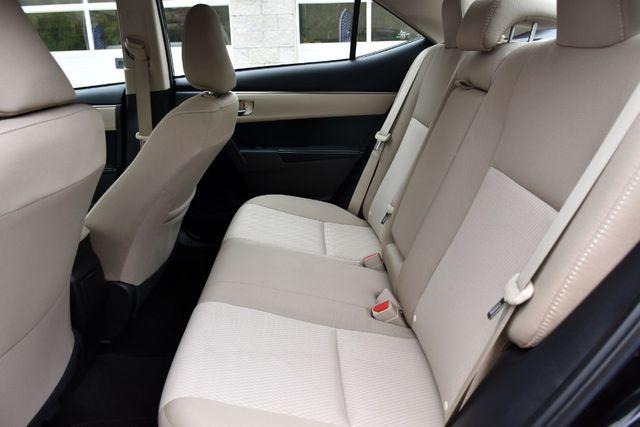 2016 Toyota Corolla 4dr Sdn CVT LE Waterbury, Connecticut 14