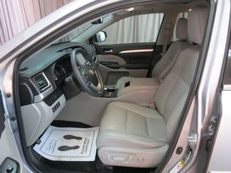 2016 Toyota Highlander XLE  city OH  North Coast Auto Mall of Akron  in Akron, OH