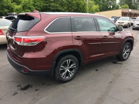 2016 Toyota Highlander AWD XLE Nav Leather 3rd row seating 7 Pass   Rishe's Import Center in Ogdensburg, New York