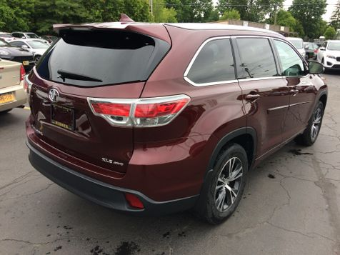 2016 Toyota Highlander AWD XLE Nav Leather 3rd row seating 7 Pass | Rishe's Import Center in Ogdensburg, New York