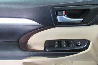 2016 Toyota Highlander XLE W/ NAVIGATION SYSTEM/ BACK UP CAM Chicago, Illinois 14