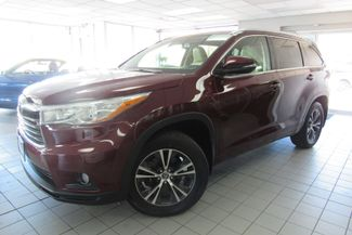 2016 Toyota Highlander XLE W/ NAVIGATION SYSTEM/ BACK UP CAM Chicago, Illinois 4