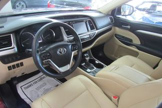 2016 Toyota Highlander XLE W/ NAVIGATION SYSTEM/ BACK UP CAM Chicago, Illinois 17