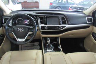 2016 Toyota Highlander XLE W/ NAVIGATION SYSTEM/ BACK UP CAM Chicago, Illinois 24