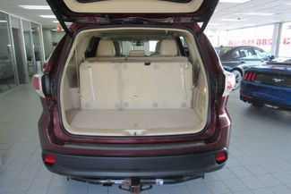 2016 Toyota Highlander XLE W/ NAVIGATION SYSTEM/ BACK UP CAM Chicago, Illinois 10
