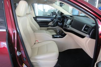 2016 Toyota Highlander XLE W/ NAVIGATION SYSTEM/ BACK UP CAM Chicago, Illinois 20