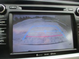 2016 Toyota Highlander XLE Farmington, MN 9