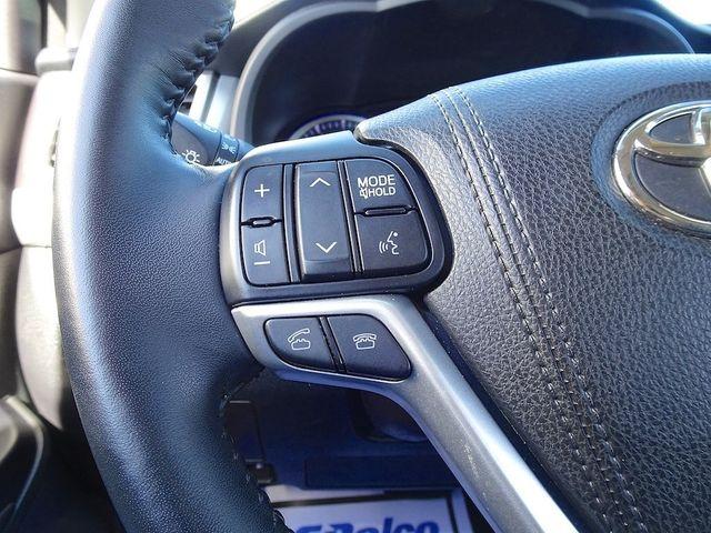 2016 Toyota Highlander XLE Madison, NC 17